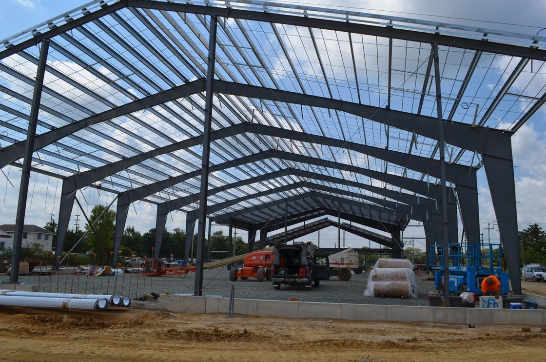 Larger Span Building Steel Frame / Recyclable Steel Commercial Buildings